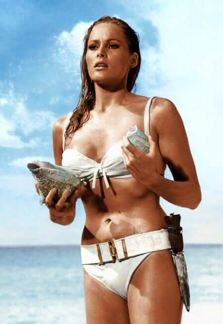 Ursula-Andress_Everett-Collection